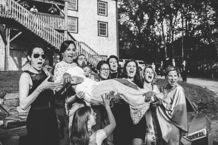 mariage champêtre grange manson austin bride